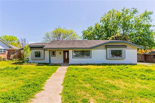 Photo of 6420 Devonshire Drive, North Richland Hills, TX 76180 (MLS # 14487863)