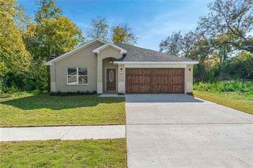 Photo of 921 Jones Street, Greenville, TX 75401 (MLS # 14469866)