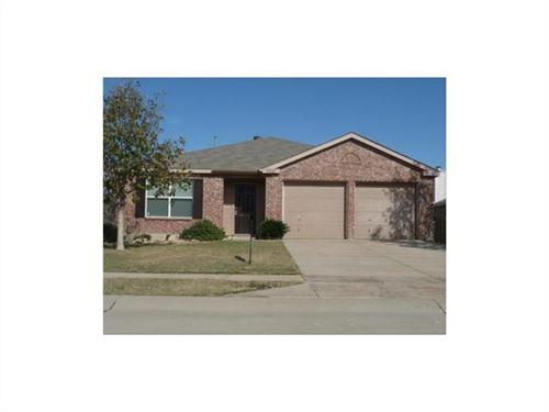 Photo of 2003 Dove Crossing, Melissa, TX 75454 (MLS # 14285867)