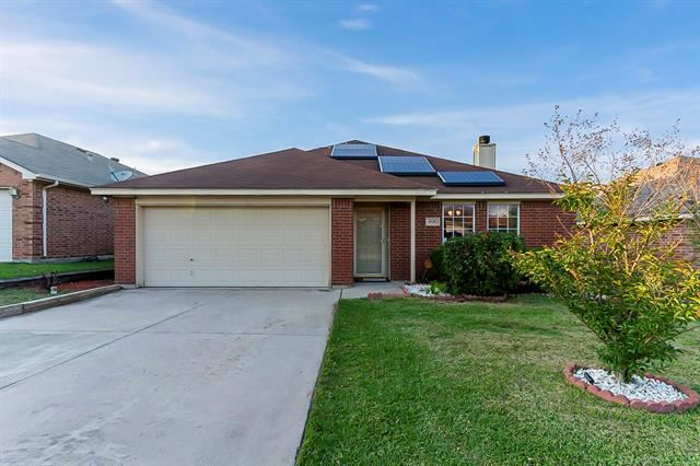 9116 Nathan Drive, White Settlement, TX 76108 - #: 14577868