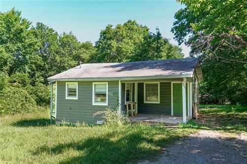 Photo of 505 E Shepherd Street, Denison, TX 75021 (MLS # 14259869)