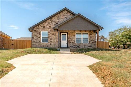 Photo of 931 N Barrett Avenue, Denison, TX 75020 (MLS # 14455871)