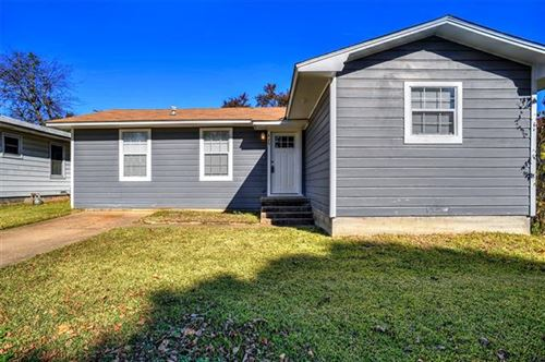 Photo of 425 E Morton Street, Denison, TX 75021 (MLS # 14483871)