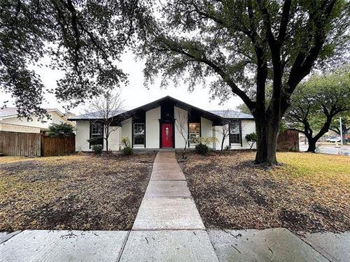 Photo of 1843 Chamberlain Drive, Carrollton, TX 75007 (MLS # 14503871)