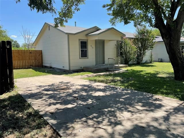 810 Clyde Street, White Settlement, TX 76108 - #: 14643872