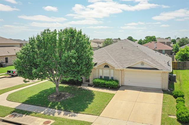 7002 Snowy Owl Street, Arlington, TX 76002 - #: 14598874
