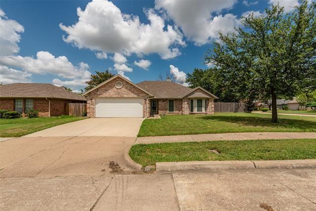 6619 Running Creek Drive, Arlington, TX 76001 - #: 14626876