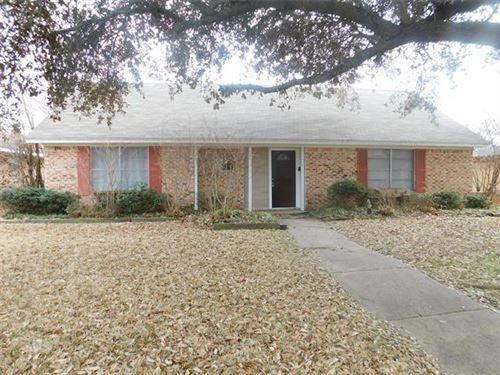 Photo of 1110 Mill River Drive, Garland, TX 75043 (MLS # 14524877)