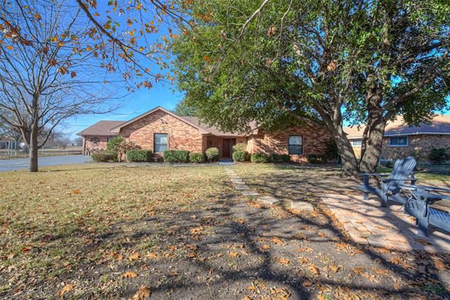 637 N Bluegrove Road, Lancaster, TX 75146 - MLS#: 14249877