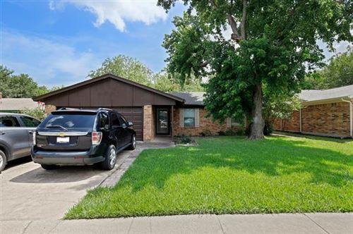 Photo of 424 Pearl Street, Keller, TX 76248 (MLS # 14382883)