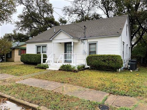 Photo of 908 N Clements Street, Gainesville, TX 76240 (MLS # 14461884)