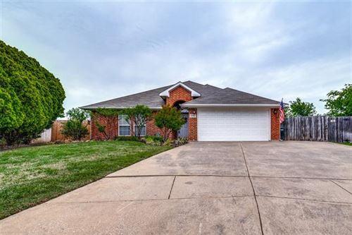 Photo of 3760 Regency Circle, Fort Worth, TX 76137 (MLS # 14558885)