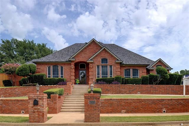 6301 Meadow Lakes Drive, North Richland Hills, TX 76180 - #: 14636885
