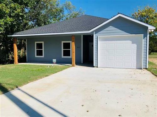 Photo of 1613 Clark, Greenville, TX 75401 (MLS # 14600887)