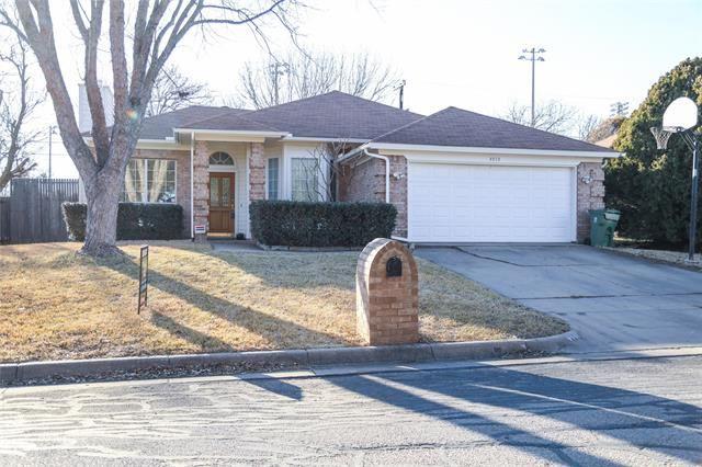 4910 Green Hollow Drive, Arlington, TX 76017 - #: 14508887