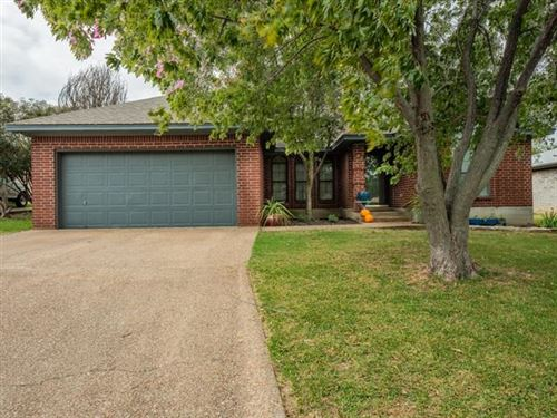 Photo of 110 Double Horn, Stephenville, TX 76401 (MLS # 14454890)
