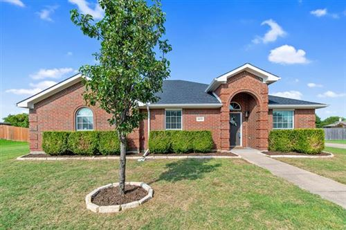 Photo of 4629 Hunter Ridge Drive, Midlothian, TX 76065 (MLS # 14427892)