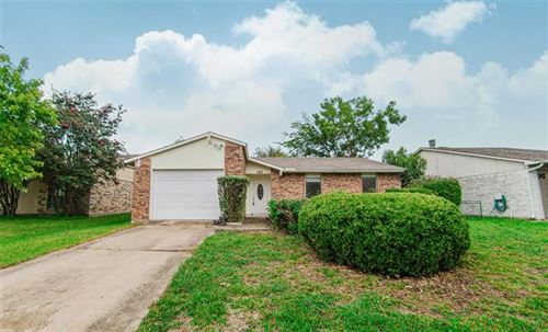 Photo of 909 Sunny Slope Drive, Allen, TX 75002 (MLS # 14437892)