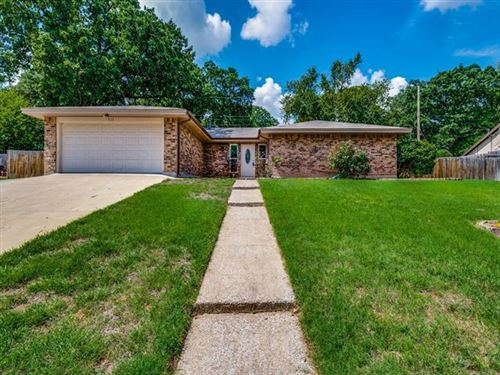 Photo of 525 Holder Drive, Hurst, TX 76053 (MLS # 14432893)