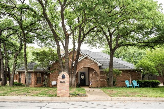 1709 Rock View Court, Fort Worth, TX 76112 - #: 14566893