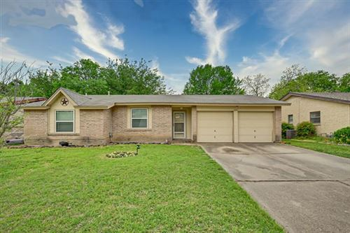 Photo of 1206 Shelmar Drive, Arlington, TX 76014 (MLS # 14557896)