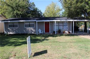 Photo of 501 S Perry Avenue, Denison, TX 75020 (MLS # 14181899)