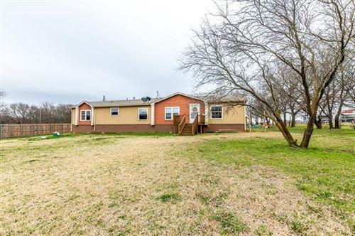 Photo of 4513 Homestead Way, Joshua, TX 76058 (MLS # 14523901)