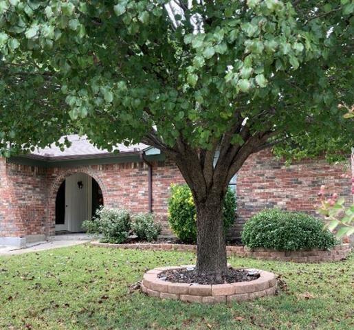 103 Hidalgo Lane, Arlington, TX 76014 - #: 14458901