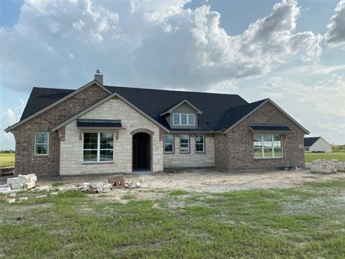 Photo of 88 County Road 240, Valley View, TX 76272 (MLS # 14415904)