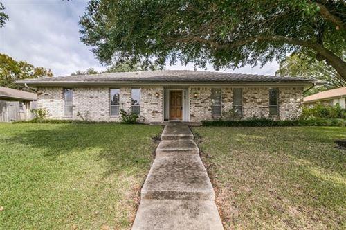 Photo of 5902 Fawn Valley Lane, Rowlett, TX 75089 (MLS # 14459904)