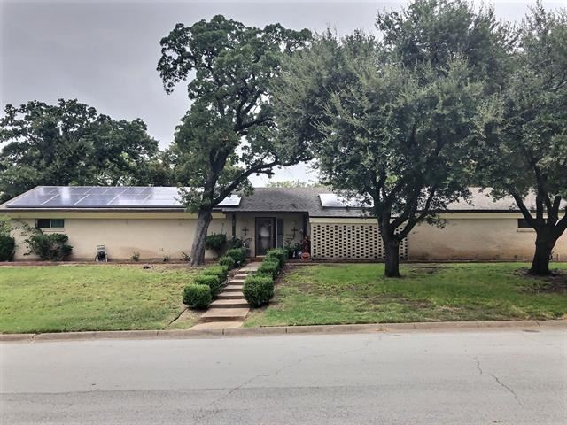 804 Eastcliff Drive, Euless, TX 76040 - #: 14438904