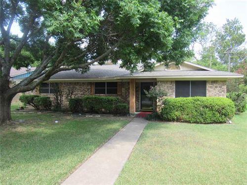 Photo of 530 Dean Drive, Denison, TX 75020 (MLS # 14645908)