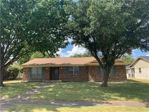 Photo of 1513 Woodlawn Parkway, Mesquite, TX 75149 (MLS # 14186913)