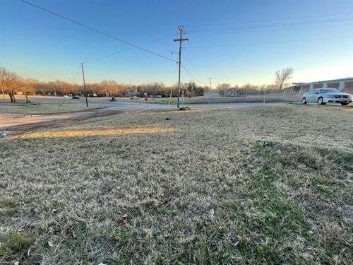 Photo of 205 W Martin Luther King Street, Denison, TX 75020 (MLS # 14499913)