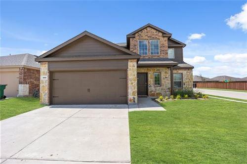 Photo of 800 Alton Drive, Aubrey, TX 76227 (MLS # 14616914)