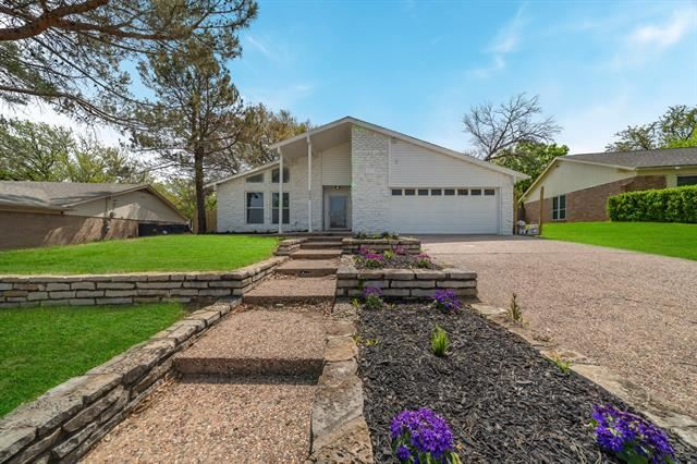 3833 Misty Meadow Drive, Fort Worth, TX 76133 - #: 14547916