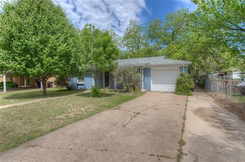 Photo of 5108 Red Bud Lane, Fort Worth, TX 76114 (MLS # 14317923)