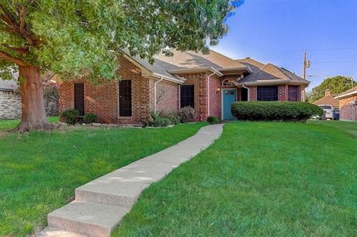 Photo of 1117 Old Knoll Drive, Wylie, TX 75098 (MLS # 14667924)