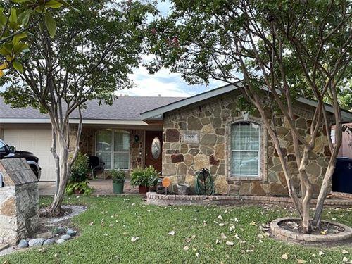 Photo of 909 E Daugherty Drive, Garland, TX 75041 (MLS # 14674926)
