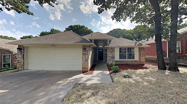 1617 Arbor Ridge Drive, Fort Worth, TX 76112 - #: 14680929
