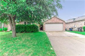Photo of 5728 Blue Ribbon Road, Fort Worth, TX 76179 (MLS # 14177936)