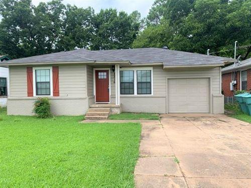 Photo of 2216 N Travis Street, Sherman, TX 75092 (MLS # 14615936)
