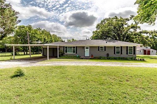 Photo of 2403 State Highway 78 S, Farmersville, TX 75442 (MLS # 14376937)