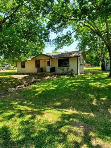 Photo of 109 Race Street, Tioga, TX 76271 (MLS # 14339939)