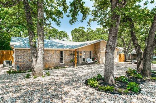Photo of 1001 N Lucas Drive, Grapevine, TX 76051 (MLS # 14694940)