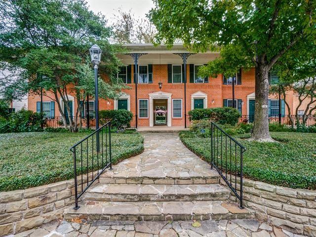 Photo for 4704 Abbott Avenue #110, Highland Park, TX 75205 (MLS # 14375942)