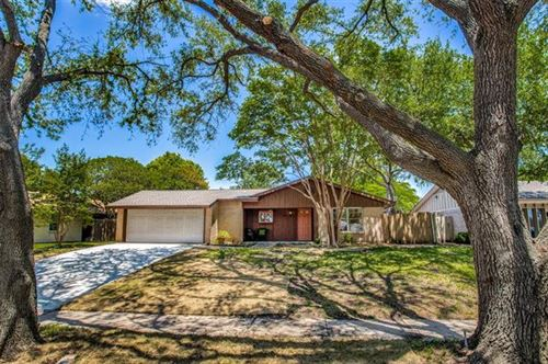 Photo of 528 Melrose Drive, Richardson, TX 75080 (MLS # 14578947)