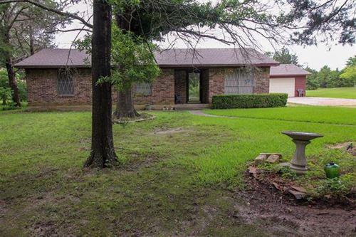 Photo of 3048 County Road 1076, Celeste, TX 75423 (MLS # 14596948)