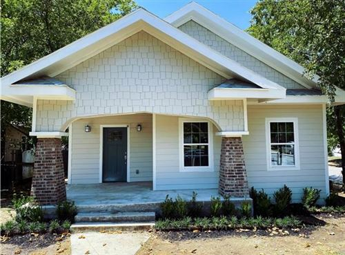 Photo of 3200 6th Avenue, Fort Worth, TX 76110 (MLS # 14434950)