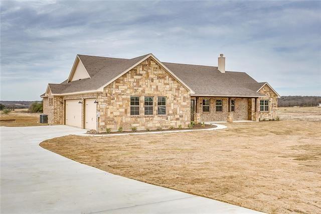 Photo for 165 El Dorado Trail, Millsap, TX 76066 (MLS # 13866950)